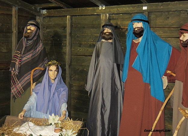 Jouluseimi Riistaveden kirkon pihalla 2015